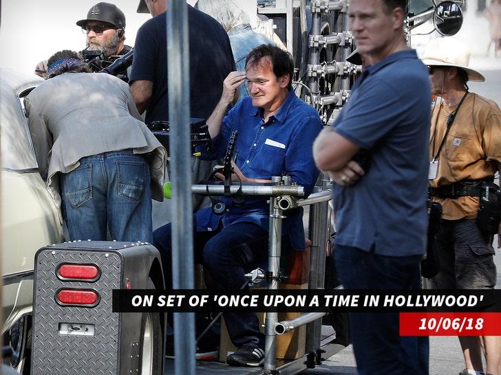 Quentin Tarantino on set