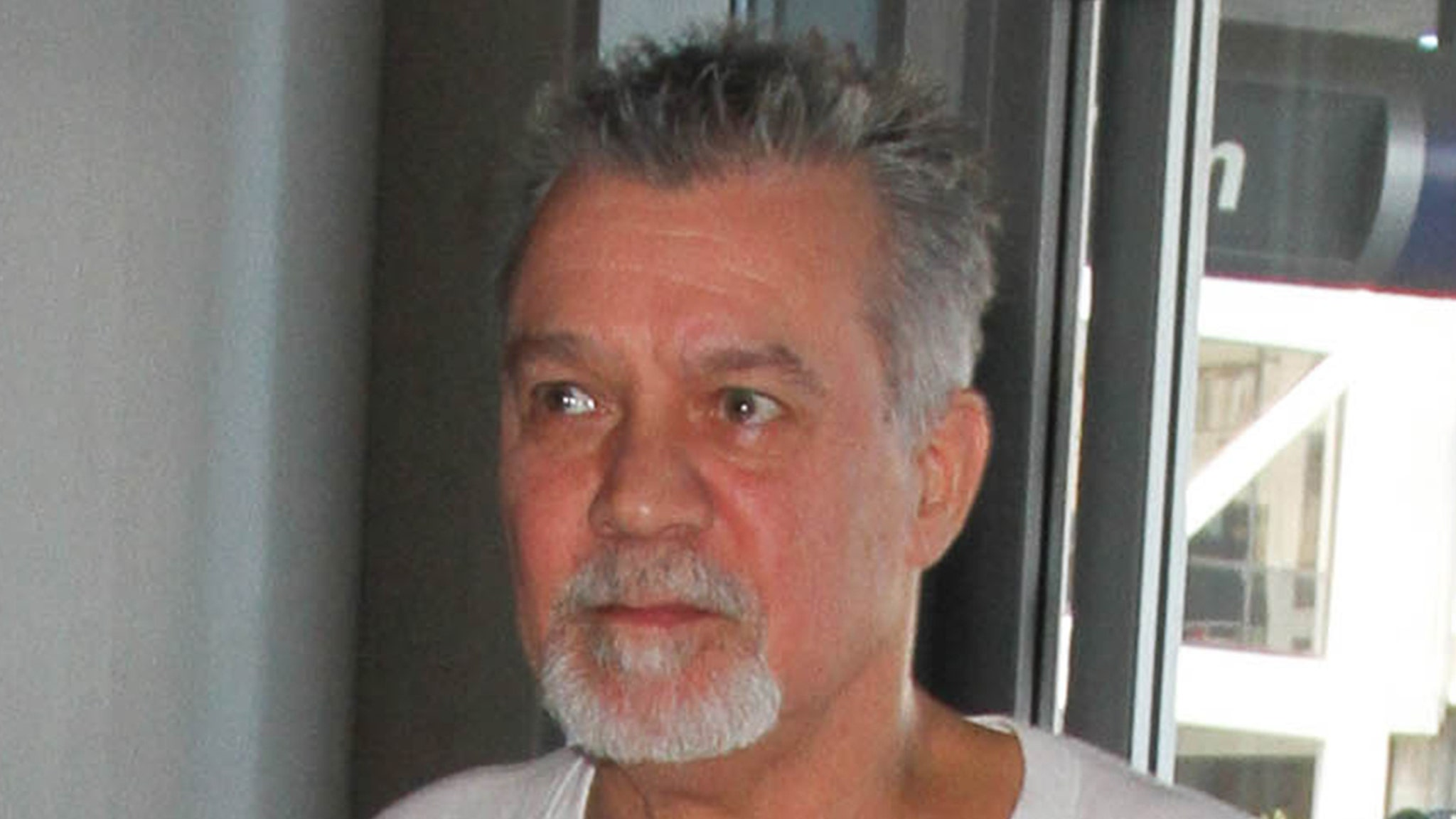 Eddie Van Halen Traveling to Germany for Throat Cancer Treatment