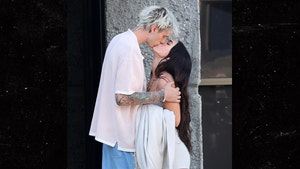 Machine Gun Kelly and Megan Fox Make Out After Cops Pull Them Over