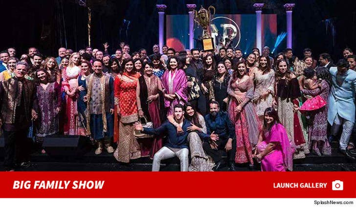 Nick Jonas and Priyanka Chopra's Big Family Show