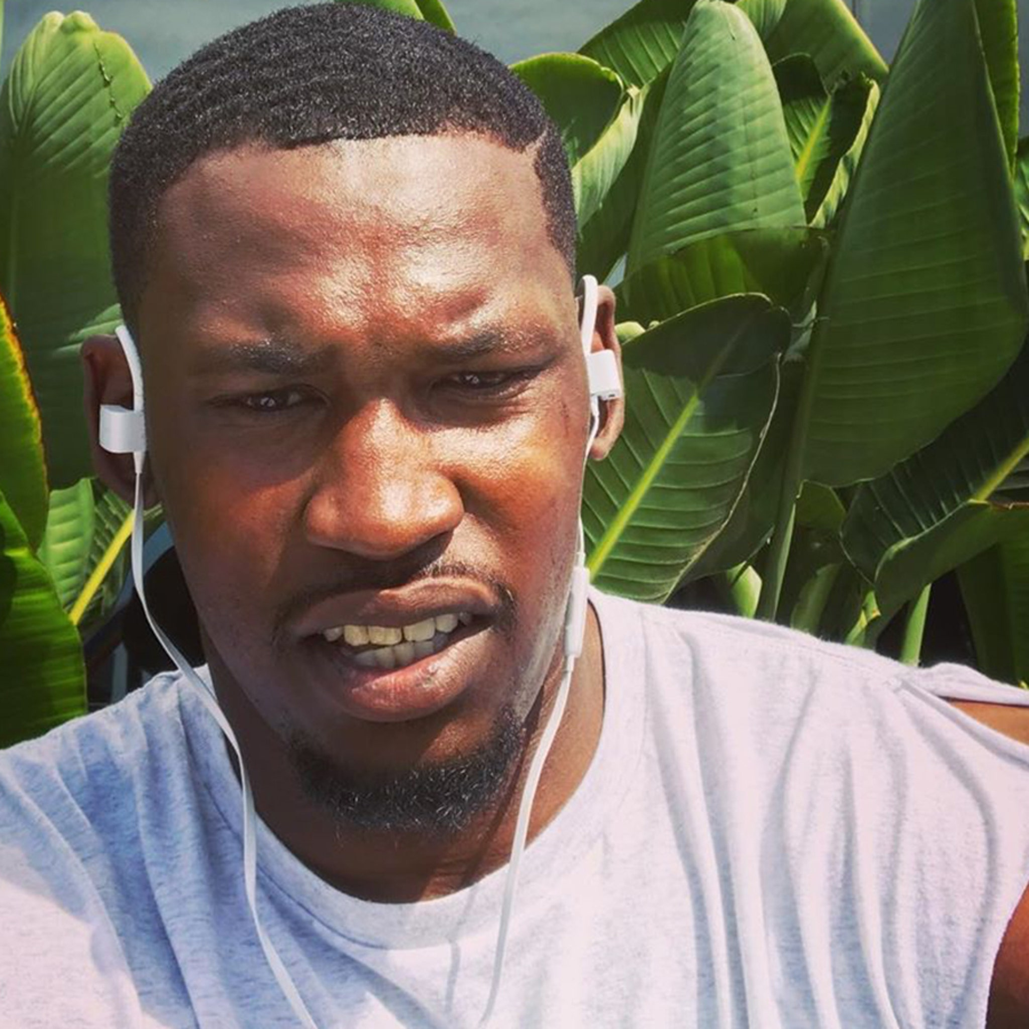 Aldon Smith Says Hes Sober And Supported On 30th Birthday