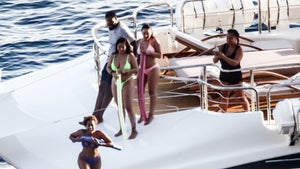 Kevin Durant Fights Through Injury for Awesome Yacht Vacation