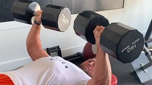 Tim Tebow Bench Presses 140-Pound Dumbbells In Insane Quarantine Workout