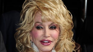 Dolly Parton's No-Statue Wish Should be Respected, Says TN Rep
