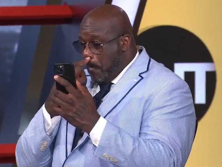 Shaq Picks Gargantuan Booger on 'NBA on TNT,' 'Biggest Booger I've Ever Seen!'.jpg