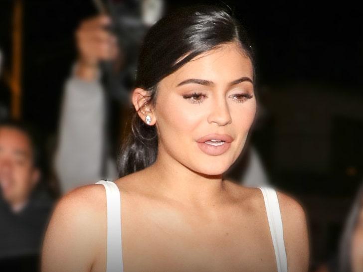 Man Arrested at Kylie Jenner's Home, Allegedly Demanded to Profess Love.jpg