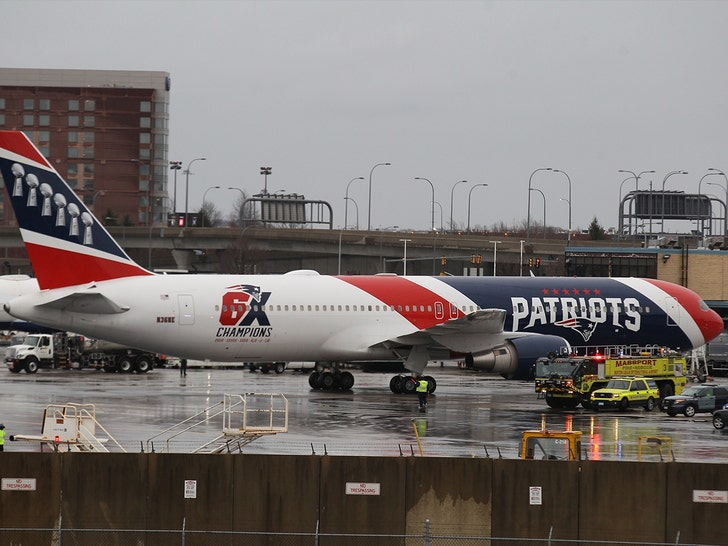 Patriots' Team Jet Arrives With 1.2 Million In Supplies